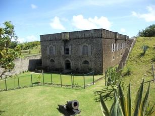 arrière du fort terre de haut guadeloupe
