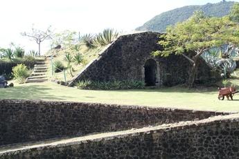 bastion fort terre de haut guadeloupe