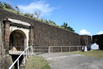 entrée fort napoleon terre de haut Guadeloupe
