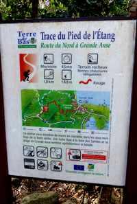 pancarte , trace rouge, terre de bas, Guadeloupe