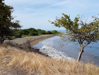 plage de l`étang Mamalier cote sous le vent guadeloupe