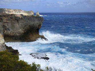 pointe percée trace des falaises Guadeloupe