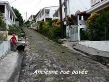 balade rue terre de bas, les saintes, iles guadeloupe, antilles