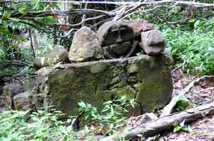 tombe, tour houelmont, sud basse terre, guadeloupe